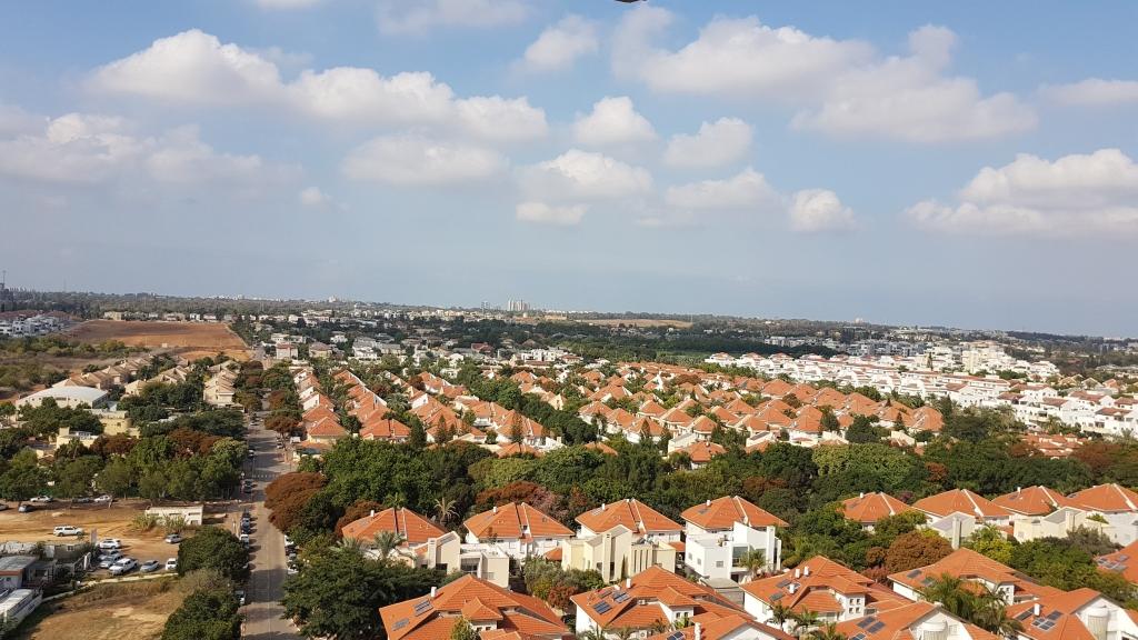 ברמות מנחם דירה עם נוף ללא סוף