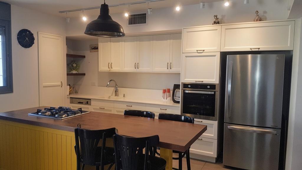 דירה בשכונת 1200 מעוצבת עד הפרט האחרון !