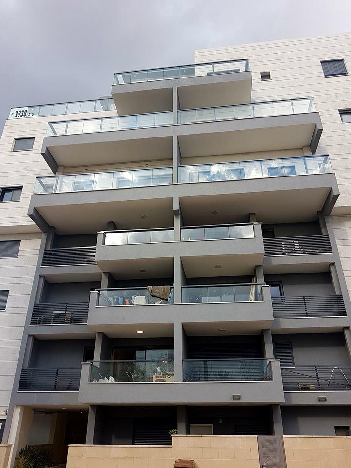 דירה להשקעה מחולקת ל-2 יחידות דיור שמשופצות
