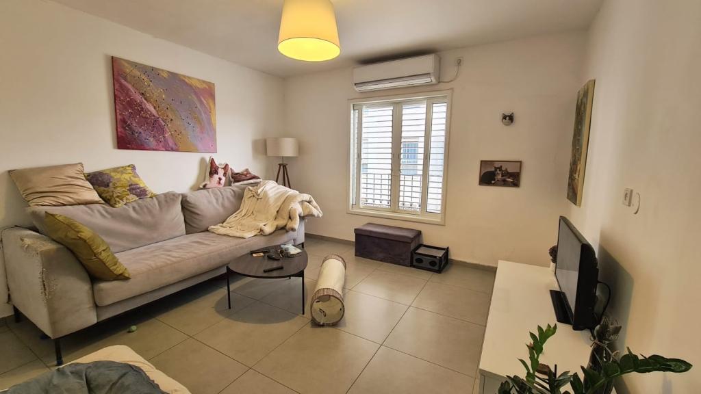 דירת 2.5 חדרים מהממת במרכז מגדיאל